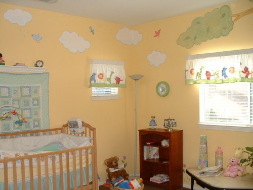Baby Room Wall Murals Decorating Ideas 500x375 Amazing Baby Room Decorating Ideas
