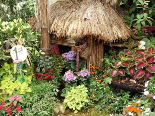 Beautiful Flower Garden Home Designs