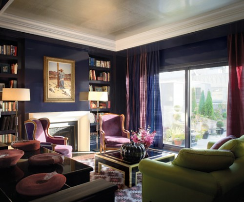 Luxurious Purple Family Room Decor