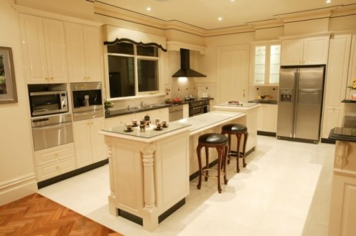 Luxury Kitchen Type Designs Art 500x332 Distribution Zone in the Kitchen