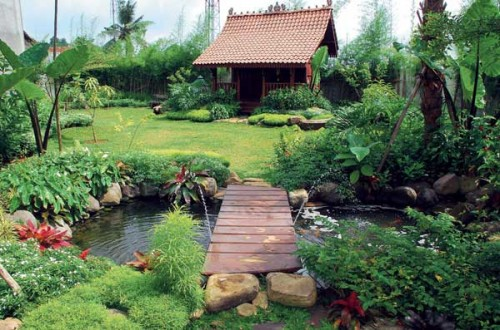 Natural Garden House Designs Exterior