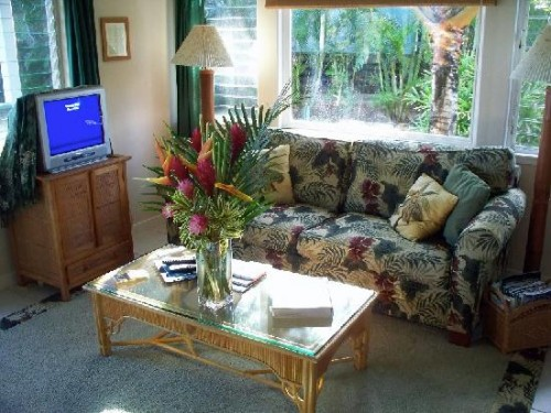 Nice FLower in Living Room Decorating