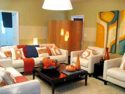 Nice Living Room Designs with Yellow Wallpaper